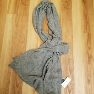 NWT Banana Republic 100% cashmere big scarf